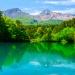 美しい水面を眺めて癒しの時間を。福島「五色沼」で自然の神秘を感じよう