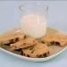 材料をまぜるだけ!電子レンジでつくる簡単チョコチップクッキー!