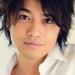 「会って5分でしちゃいました!」斎藤工と小嶋陽菜がベッドで自撮り公開!